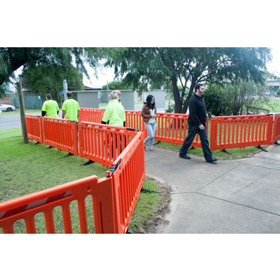 Crowd-Q Portable Event Fence