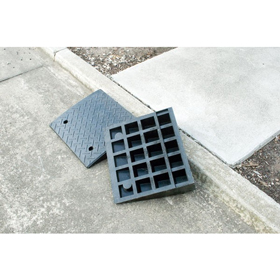 Kerb Ramp Rubber sloping fixed or removable ramp for gutters