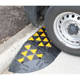 Kerb Ramps High-Vis Rubber