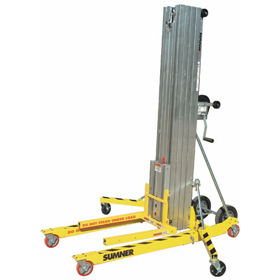 Sumner Series 2000 Contractor 400kg Material Lift