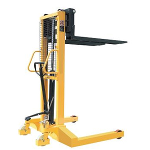 Pallet Lifter with Straddle Legs